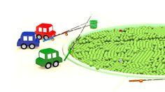 Le macchinine colorate insegnano a pulire la piscina - cartoni animati per bambini Insegniamo ai bambini ad essere puliti ed ordinati ed anche ad amare l'ambiente e rispettarlo. La piscina è sporca! Dobbiamo pulirla! Come si pulisce la piscina? Il cartone animato per bambini delle  #cartonianimati #bambini #ambiente
