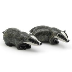 lovely badger cruet sets, together with other things like squirrels.