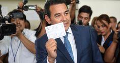 Jimmy Morales desponta como líder do 1º turno de eleição na Guatemala