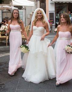 Karen Koster, Irish TV presenter http://goodbyemiss.com/wedding/wedding-dress-style-strapless-wedding-dresses