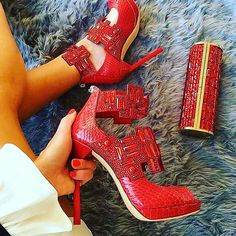Hot High Heels, Jimmy Choo, Stiletto Heels, Oxford Shoes, Girly, Shoe Bag, Celebrities, Boots, How To Wear
