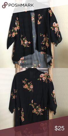 3/4 sleeve kimono style cover up 3/4 sleeve kimono style cover up. Never worn Poetry Tops Tunics