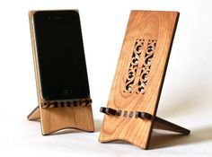 iPhone desk stand from Hannah's Ideas in Wood http://www.etsy.com/shop/ideasinwood?section_id=7567099