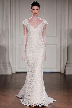 NOELIA DUE - Mermaid bridal dress with short sleeves entirely in macrame lace