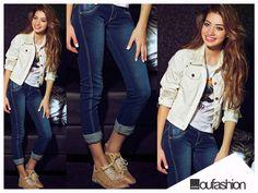 E hoje a sexta-feira está leve, descontraída e perfeita para uma combinação de jeans, tee e jaqueta estilosa.