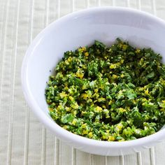 How to Make Gremolata and Recipe Ideas for Using Gremolata. This is a wonderful burst of flavor that's good on many different meats and vegetables. [from Kalyn's Kitchen] #Herbs #Parsley