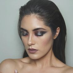 """Melissa Alatorre on Instagram: """"Eyes @doseofcolors Frozen {silver} lips @doseofcolors Desert Sands Sorry for the lack of posts! Been a crazyyyy week, back I normal soon! Ps. Who's going to GEN BEAUTY???! --- #doseofcolors #eyedealduo #mua #motd #fotd #vegas_nay #hudabeauty #wakeupandmakeup"""""""