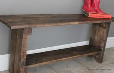 Pallet Bench Beyond The Picket Fence: Rustic Roost Decor, Diy Furniture, Rustic Diy, Rustic Bench, Rustic Furniture, Diy Bench, Home Decor, Diy Wood Bench, Reclaimed Wood Benches