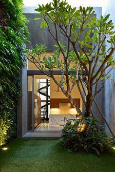 ideas backyard patio steps tutorials for 2019 Indoor Courtyard, Internal Courtyard, Patio Steps, Landscape Design, Garden Design, House Design, Outdoor Spaces, Outdoor Living, Design Exterior