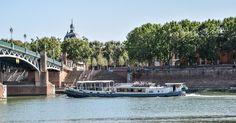 La Baladine passant sous le pont Saint-Pierre