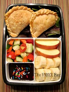 Ham & Sharp Cheddar Cheese Hand Pies Bento #35 — The ROXX Box
