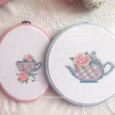 minimal kitchen Sweet and simple. Wool Embroidery, Cross Stitch Embroidery, Embroidery Patterns, Cross Stitch Pillow, Cross Stitch Heart, Cross Stitch Designs, Cross Stitch Patterns, Cross Stitch Numbers, Palestinian Embroidery