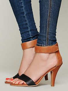 Free People Blakely Heel  size 9. gimme dis plz