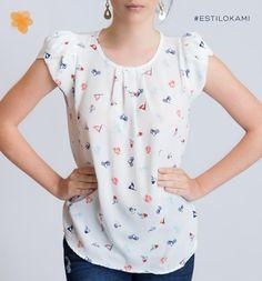 Lo nuevo Blusa en Kami Casual Dresses, Casual Outfits, Fashion Outfits, Kulot Batik, Moda Chic, Cute Blouses, Beautiful Blouses, Summer Shirts, Skirt Pants
