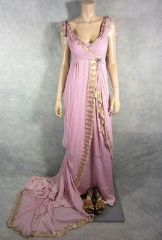 SPARTACUS ILITHYIA VIVA BIANCA SCREEN WORN ROMAN GOWN & SANDALS EP 210 COA | eBay- A DRESS LIKE THIS FOR THE DAY 1 FESTIVITIES?