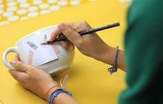 Um tutorial vapt-vupt: crie uma caneca personalizada e única!