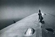 Reparar el casco del Graf Zeppelin durante el vuelo sobre el Atlántico, 1934