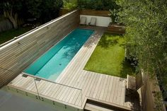 30 Gorgeous Swimming Pool Designs For Small Yard - Dlingoo Small Swimming Pools, Small Pools, Swimming Pools Backyard, Small Backyard Landscaping, Swimming Pool Designs, Backyard Patio, Outdoor Pool, Landscaping Ideas, Backyard Ideas
