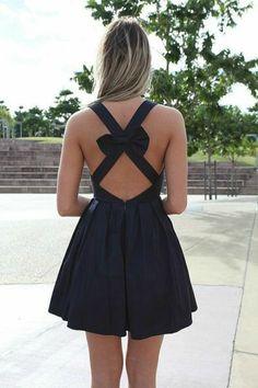 ae58a5769c46 La petite robe noire - 65 idées comment la porter  - Archzine.fr