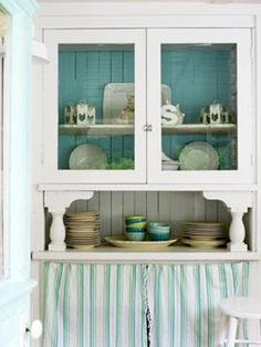 hutch idea. I could do this to my old hutch