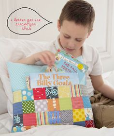 """Reading Pocket Pillow -- and more great baby, toddler quilts from """"Growing Up Modern"""" by Cluck Cluck Sew"""