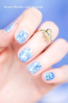 Marble nail art is a great multitasking look that can be done in any colour. It looks great on short and long nails. Learn how to do marble nails yourself. Water Color Nails, Water Nails, Water Marble Nails, Marble Nail Art, Minimalist Nails, Marble Nail Designs, Nail Art Designs, Nails Design, Black And White Nail Designs