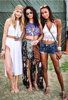 """These3 ;) Best of #Coachella """"@jastookesworld: @GiGiHadid @ShaninaMShaik and @JasTookes at coachella day 3  """""""