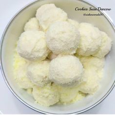 70 g tepung terigu… Pudding Recipes, My Recipes, Cookie Recipes, Resepi Cookies, Food N, Food And Drink, Resep Cake, Chiffon Cake, Breakfast Cookies