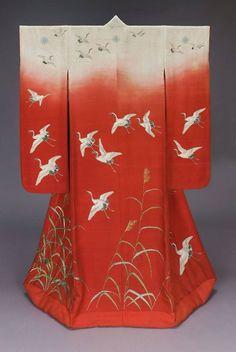 """Meiji era uchikake - Museum of Fine Art, Boston. """"Top"""" or outermost piece for wedding kimono ensemble. Japanese Textiles, Japanese Patterns, Japanese Art, Japanese Style, Japanese Outfits, Japanese Fashion, Mode Kimono, Kimono Design, Meiji Era"""