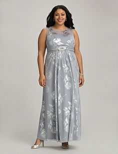 curvy girl, chic, modest, plus size, feminine, fall wear, classic