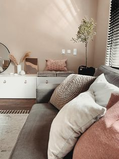 Home Living Room, Living Room Designs, Living Room Decor, Living Spaces, Bedroom Decor, Living Room Inspiration, Home Decor Inspiration, Earthy Home Decor, Room Colors