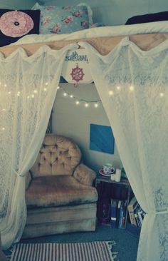 College dorm ideas- cute canopy would be great when I need a little privacy while studying or just hanging out Luxury Homes Interior, Home Interior Design, Girls Bedroom, Bedroom Decor, Bedroom Ideas, Hippie Bedrooms, Room Girls, Master Bedrooms, Design Jobs