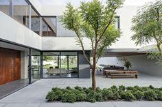 Private Residence: LA House by Elías Rizo Arquitectos   DesignRulz.com