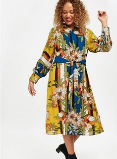 This stunning yellow floral print shirt dress is a season must have. The midi length is very flattering and can be paired with your favourite boots and handbag. Plus Size Dresses, Plus Size Outfits, Latest Fashion Dresses, Latest Dress, Floral Print Shirt, Everyday Dresses, Fall Dresses, Playing Dress Up, Occasion Dresses