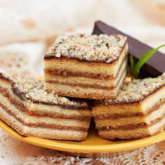 Iz bakine sveske s receptima – žerbo kocke Cake Recipes, Dessert Recipes, Food Cakes, Sweet Desserts, Tiramisu, Banana Bread, Cake Decorating, Decorating Ideas, Fondant