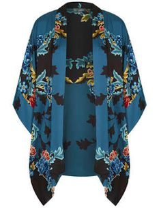 **Kimono by Love Look Kimono, Kimono Jacket, Kimono Top, Kaftan Gown, High Fashion Outfits, Jackets For Women, Clothes For Women, Topshop Outfit, Light Jacket