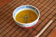 feel-good food: pumpkin soup - vegan recipe on the blog. Vegan Pumpkin Soup, Feel Good Food, Potato Soup, Cheeseburger Chowder, Vegan Recipes, Kawaii, Cooking, Kitchen, Blog