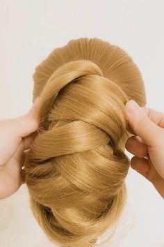 Hairdo For Long Hair, Bun Hairstyles For Long Hair, Work Hairstyles, Braided Hairstyles Tutorials, Cute Simple Hairstyles, Hair Upstyles, Hair Videos, Hair Designs, Hair Hacks