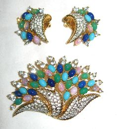 Jomaz brooch and earrings with fantastic mix of colorful cabochons. 1ff39677520a1