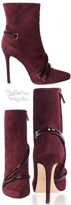 The shape, texture and clean cut not to mention the Burgandy Colour of these boots just state elegance!