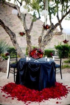 Nice people dating adore a romantic dinner setting...together! #onlinedating