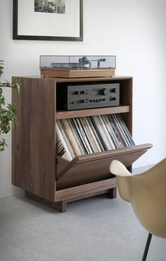 Symbol Audio are a New York company that design and handcraft modern audio & entertainment consoles and vinyl LP storage cabinets. Each SYMBOL piece is handmade to order, and their new AERO cabinet program is a unique alternative to the mass prod Cd Storage, Vinyl Record Storage, Storage Cabinets, Storage Ideas, Vinyl Records Decor, Vinyl Record Cabinet, Record Player Cabinet, Storage Room, Record Stand