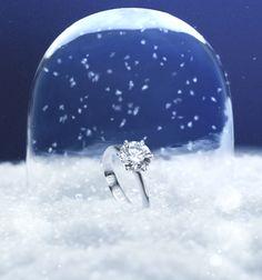 The magic #Solitaire 1888 snowglobe #ChristmasMagic #wishlist