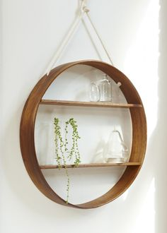Superior Bride U0026 Wolf Hanging Circle Shelf