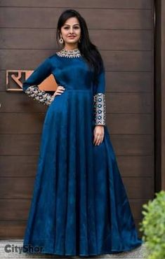 An elegant Evening gown by Studio R by Ratnakar Source by sandrabrckner gowns indian Long Gown Dress, Saree Dress, The Dress, Lehenga Skirt, Silk Lehenga, Indian Designer Outfits, Designer Gowns, Indian Outfits, Indian Gowns Dresses