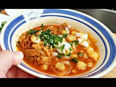 Menudo Recipe Easy, Pozole Recipe, Menudo Recipe Slow Cooker, Healthy Crockpot Recipes, Healthy Dinner Recipes, New Recipes, Healthy Food, Healthy Soups, Yummy Food
