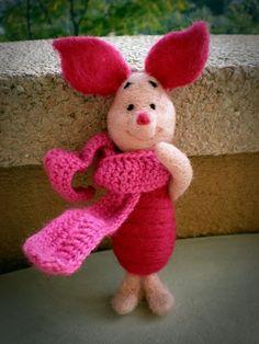 Needle felted Winnie The Pooh's Piglet by Asia Filcówna.