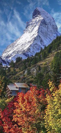 The Matterhorn from Zermatt, Switzerland. switzerland Travel Per informazioni Accedi al nostro sito https://storelatina.com/switzerland/travelling #viagemsuiça #vacation #suiça #viajarsuiça