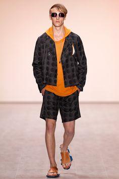 Julian Zigerli Show - Mercedes-Benz Fashion Week Spring/Summer 2015 Fashion Art, Berlin Fashion, Mens Fashion, Andy Wolf, Mercedes Benz, Magazine Art, Spring Summer 2015, Cute Boys, Bomber Jacket