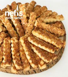 Red Wine Gravy, Green Curry Chicken, Egg Pie, Turkish Sweets, Onion Pie, Mushroom Pie, Smoked Fish, Flaky Pastry, Mince Pies